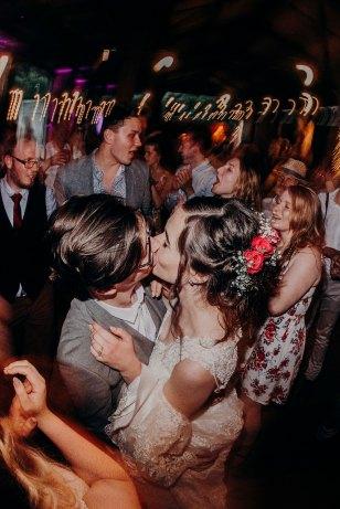northumberland-barn-wedding-photographer-302