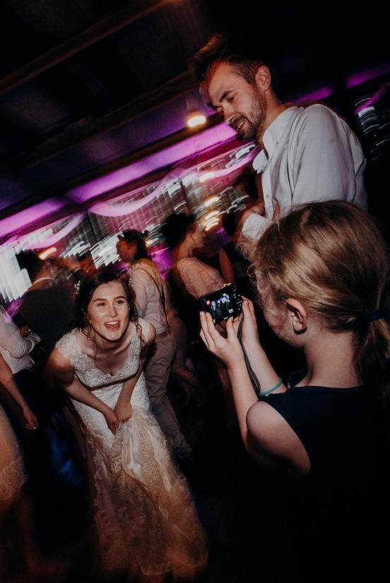 northumberland-barn-wedding-photographer-305