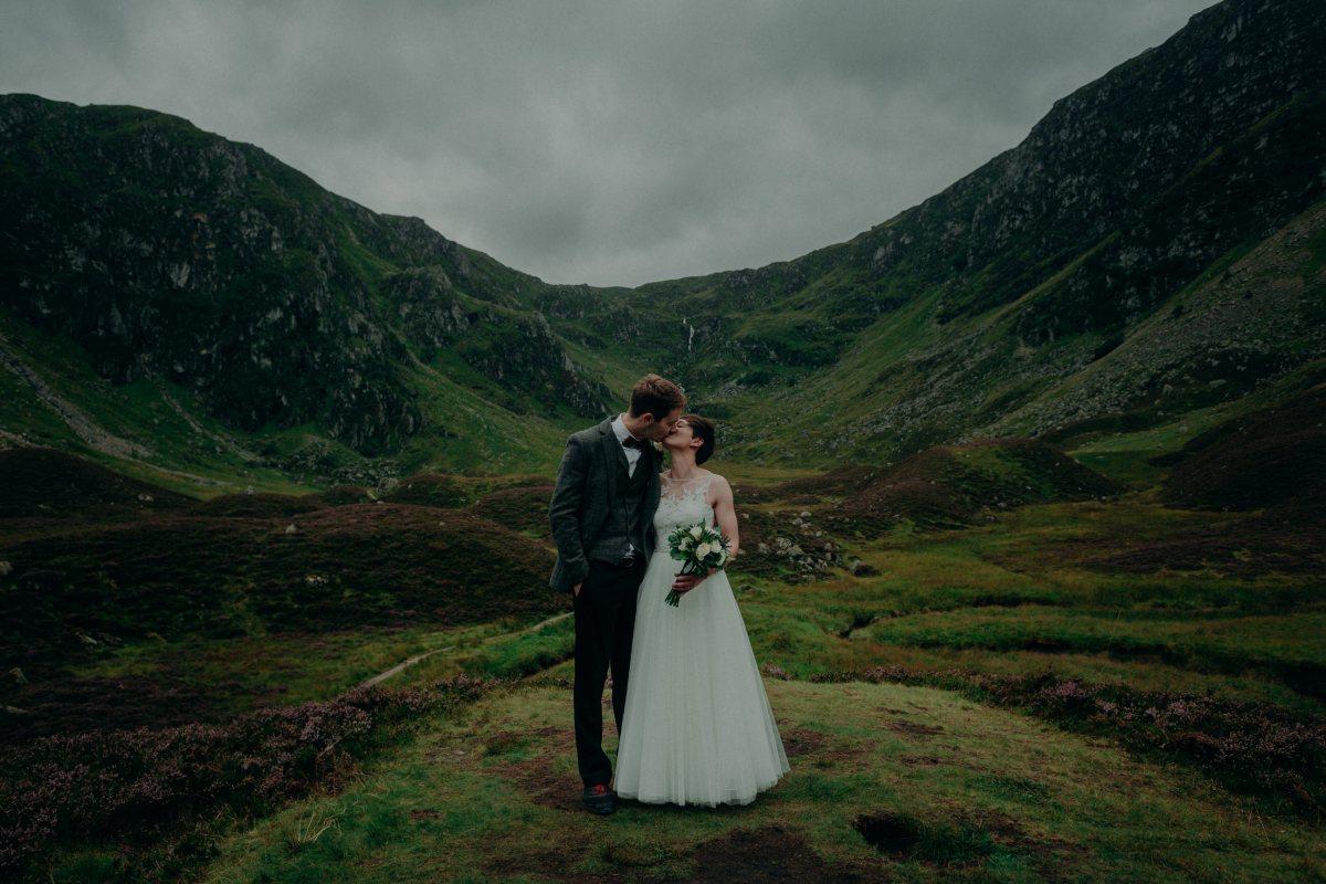 wedding-photographer-scotland-glen-clova-39