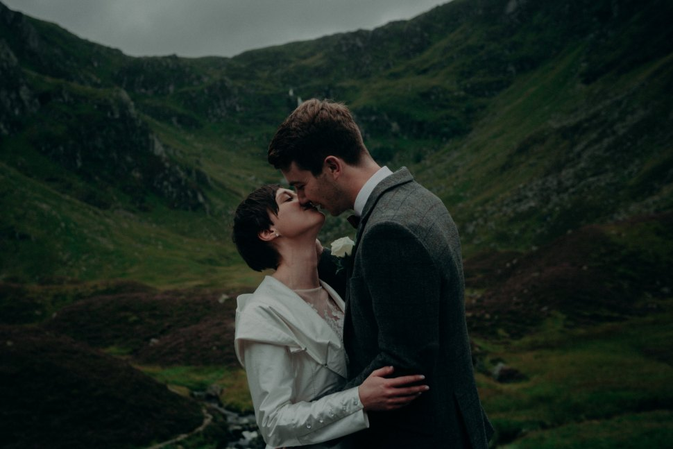 scotland-wedding-photographer-mountains