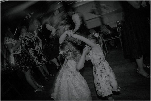 girls dancing at wedding
